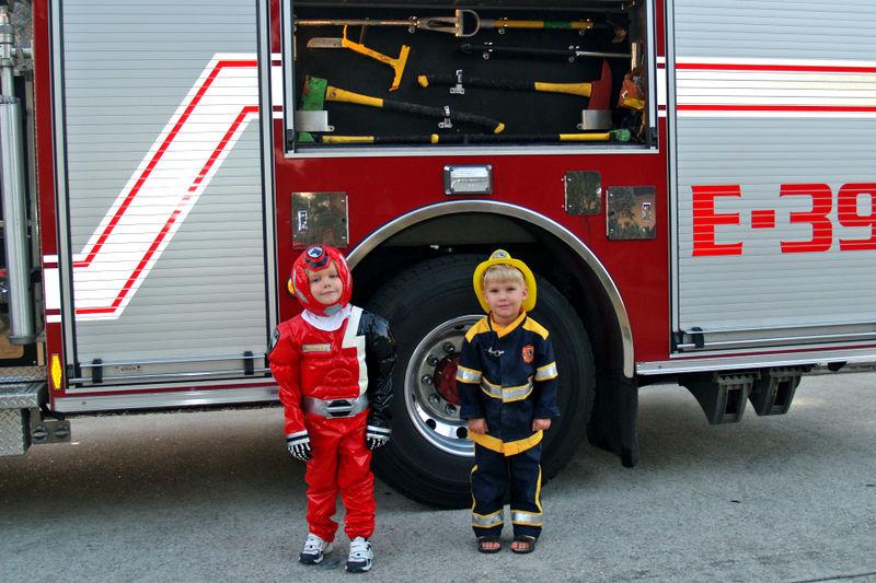 (02-08) Firemen - 02