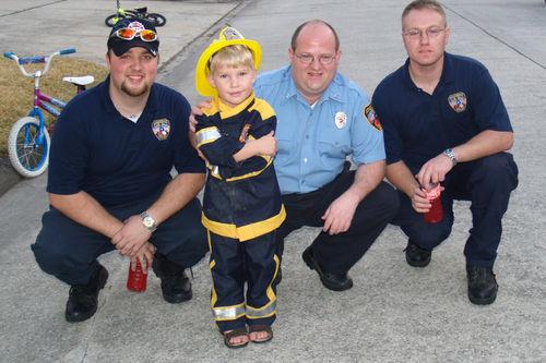 (02-08) Firemen - 06
