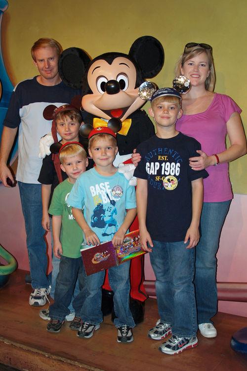 (01-09) Disneyland - 02