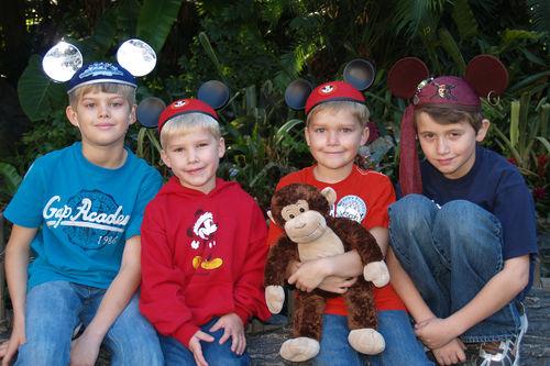 (01-09) Disneyland - 05