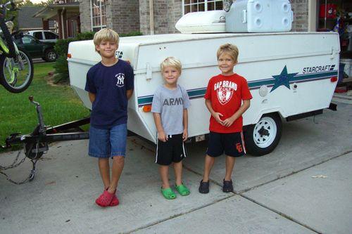 (06-09) Camping - 001